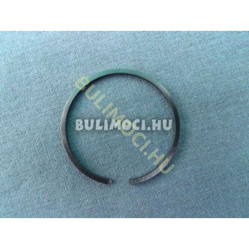 Dugattyú gyűrű10177