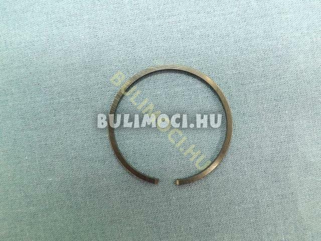 Gyűrű8207