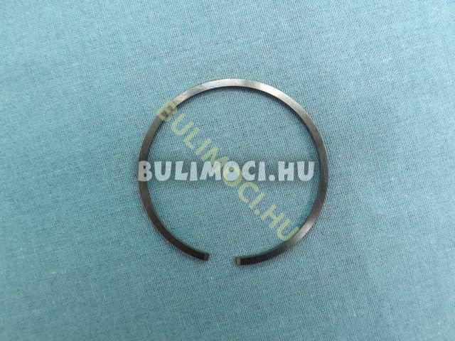 Gyűrű8209