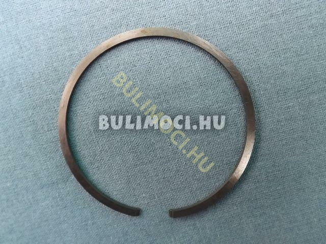 Gyűrű8222