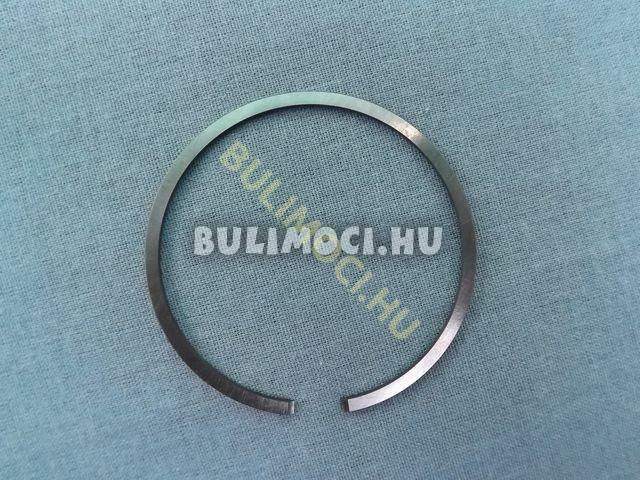 Gyűrű8234