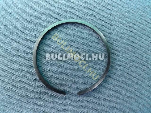 Gyűrű8246
